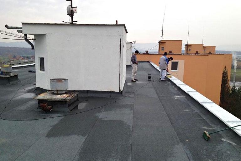 Zatepľovanie a rekonštrukcia strechy